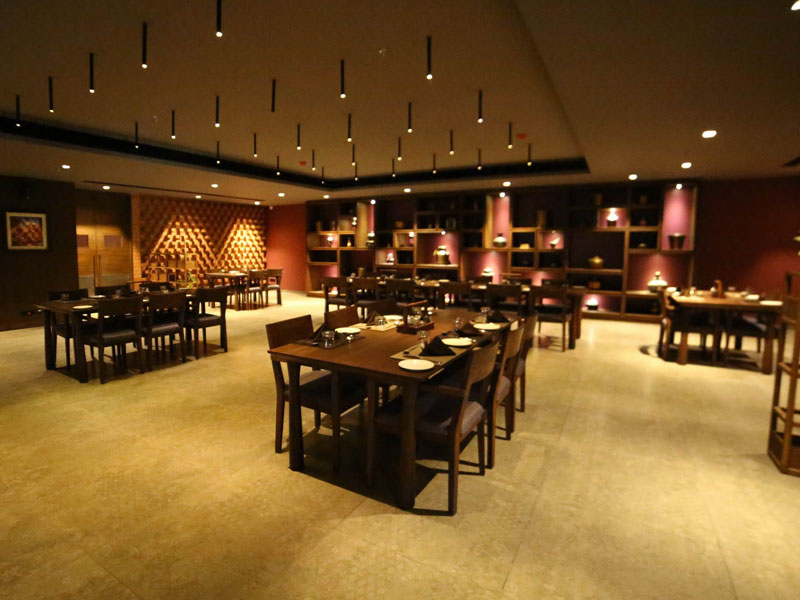 Book Hotel with a Luxury 5 Star Restaurant in Ahmedabad
